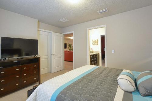 Windsor at Westside-9 Bedrooms House w/pool-3704WW Main image 2