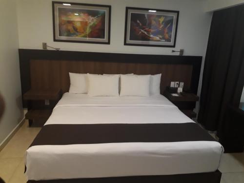 Suites Plaza Florencia, Ciudad de México