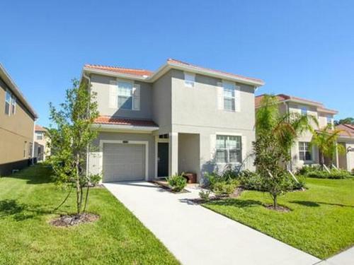 Beach Palm Avenue 2953