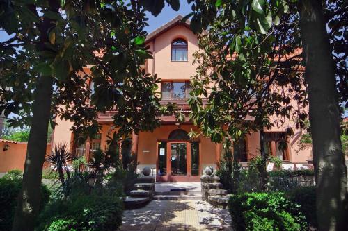 Anita House