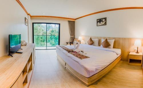 エアポート ビーチ ホテル プーケット Airport Beach Hotel Phuket