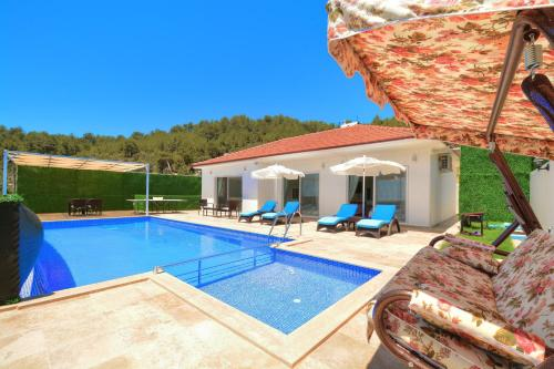 İslâmlar Korunaklı Villa Despina online rezervasyon