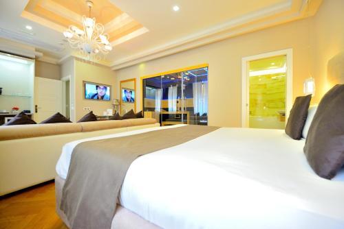 Terrazza Marco Antonio Luxury Suite In Rome Room Deals