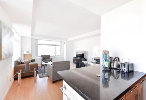 Global Luxury Suites At Kendall West