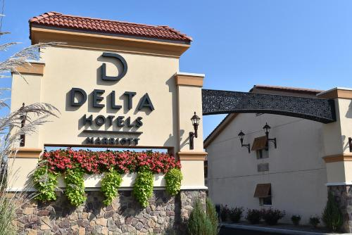 Delta Hotels Indianapolis East - Indianapolis, IN 46219