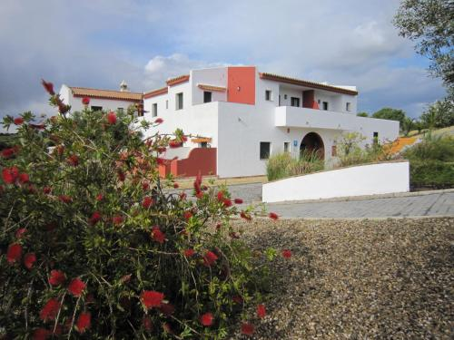 Double or Twin Room with Balcony and Sea View Hotel Sindhura 6