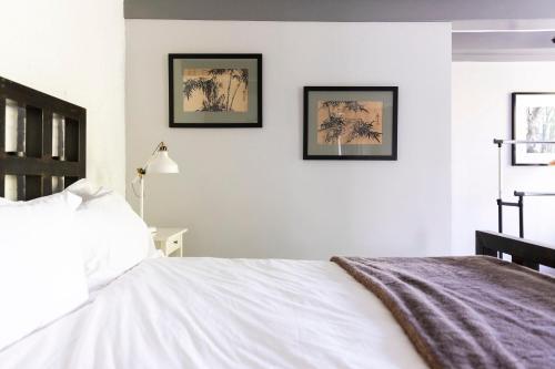 Former Rembrandt workshop two bedroom apartment photo 11