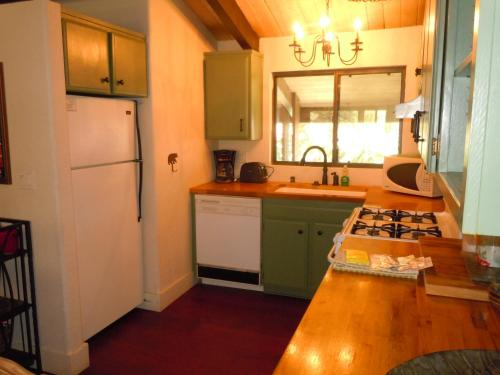 Two-Bedroom Premier Townhouse Unit #56 by Snow Summit Townhouses - Big Bear Lake