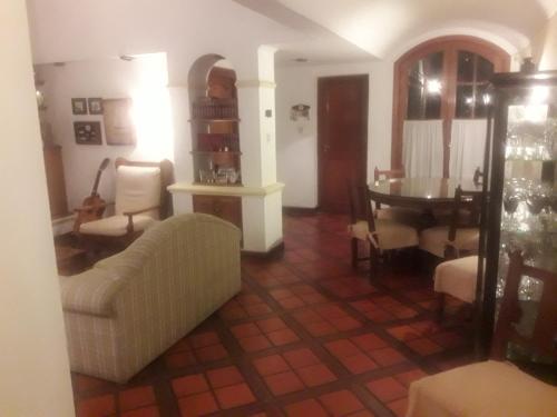 Фото отеля Caseros 44 Bed & Breakfast