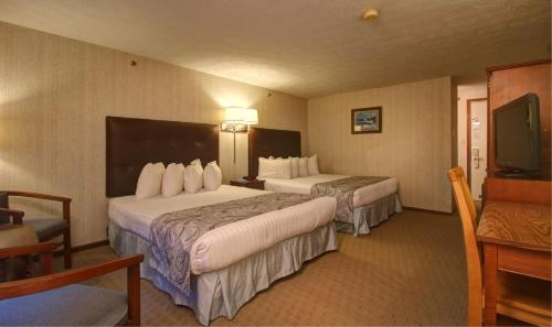 Rhumb Line Resort - Kennebunkport, ME 04046