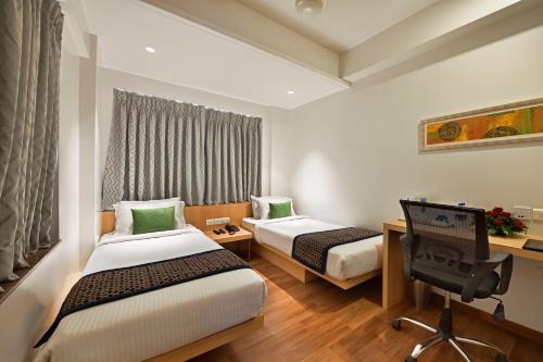 . Hotel Leafio Marigold-Near Airport