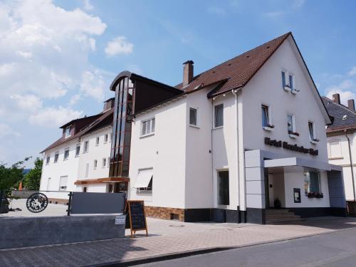. Hotel Hessischer Hof