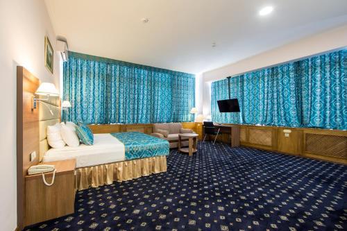 . Central City Hotel Grozny