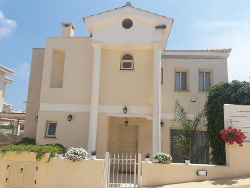 . Anthorina Villa 2