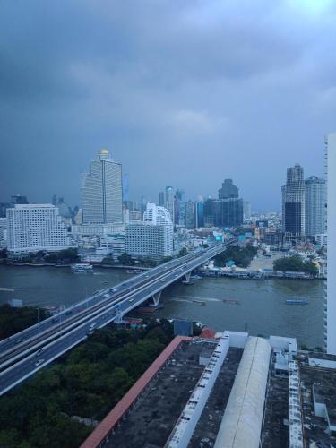 Baan Sathorn Riverfront photo 64