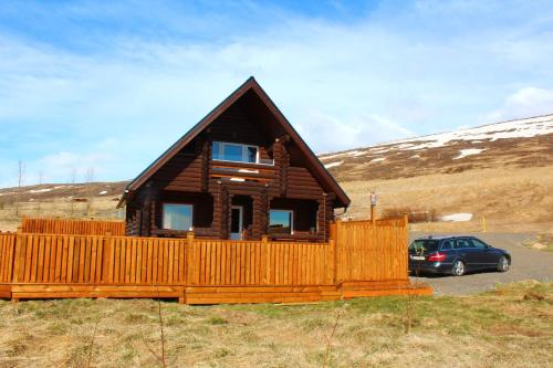 Akureyri Log Cottage
