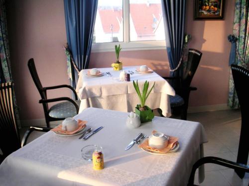 . Hotel Restaurant Ernenwein