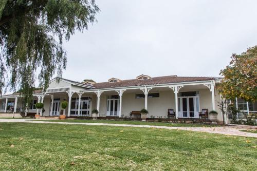 . Winniston Lodge Luxury Accommodation