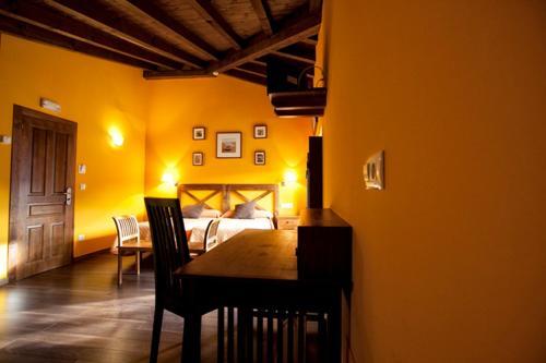 Hotel El Quintanal 21