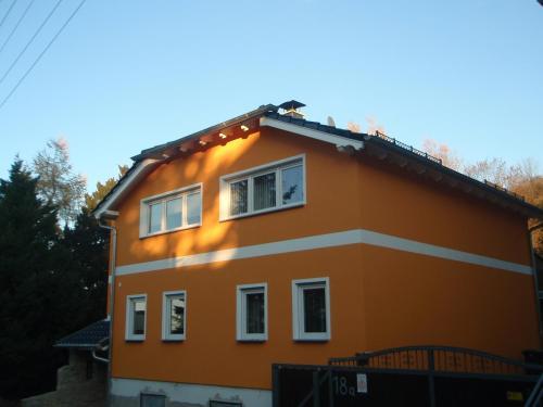 . Ferienwohnung am Schloßberg