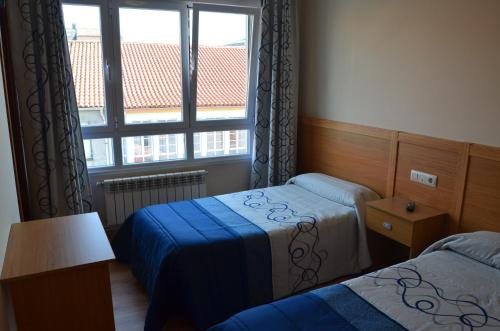 Dreibettzimmer mit Bad (Triple Room with Bathroom)