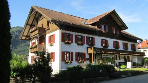 . Alpstein Appartements