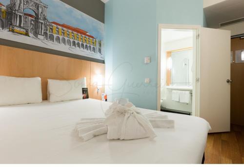 Hotel Ibis Lisboa Parque das Nações - image 3