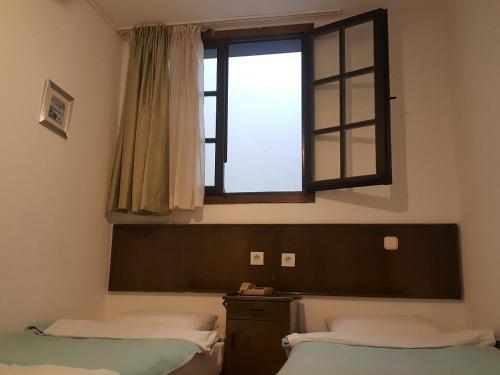 Mr. Happy's - Liman Hotel room photos