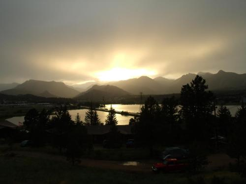 Estes Lake Lodge - Estes Park, CO 80517