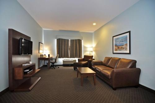 Best Western Plus Liverpool Hotel & Conference Centre - Liverpool, NS B0T 1K0