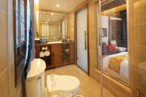 Suzhou Dongshan Huilaotang Hotel photo 35