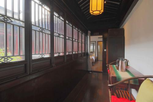 Suzhou Dongshan Huilaotang Hotel photo 36