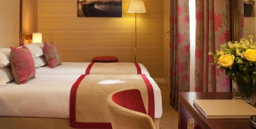 Hotel Saint Honore photo 7
