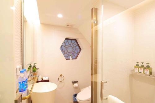 Suzhou Dongshan Huilaotang Hotel photo 37