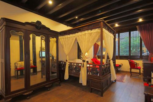Suzhou Dongshan Huilaotang Hotel photo 38