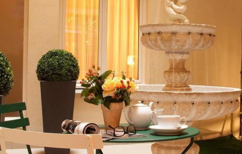 Hotel Saint Honore photo 11