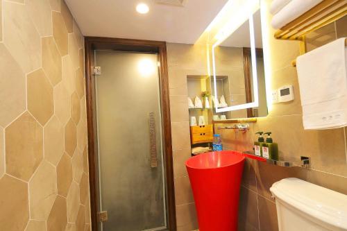 Suzhou Dongshan Huilaotang Hotel photo 49