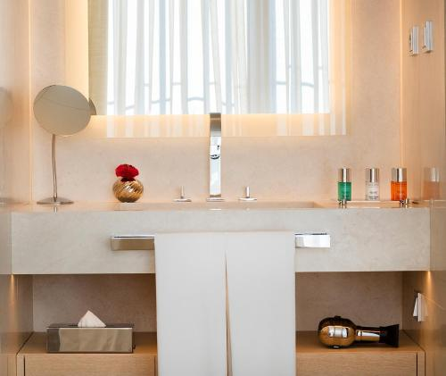 Double room (1 or 2 people) ABaC Restaurant Hotel Barcelona GL Monumento 17