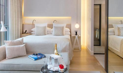 Deluxe Room (1 or 2 people) ABaC Restaurant Hotel Barcelona GL Monumento 27