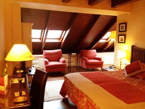 Suite Junior (2 adultos + 1 niño) Hotel & Spa Casa Irene 16
