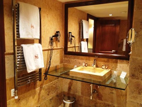 Suite Junior (2 adultos + 1 niño) Hotel & Spa Casa Irene 19