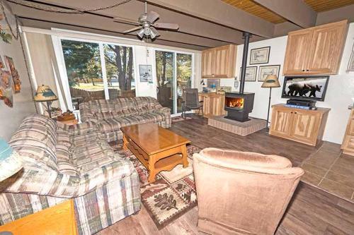 Ala Wai Boulevardapartment 16 - Lake Tahoe, CA 96150