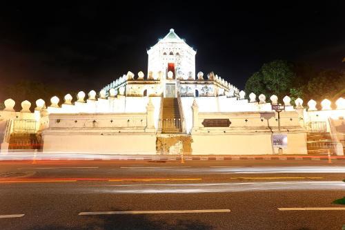 Banglumpoo Place photo 51