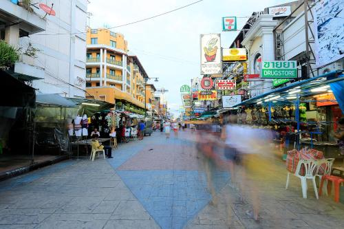 Banglumpoo Place photo 53