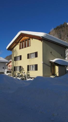 Ferienhaus Wanner - Apartment - Splügen