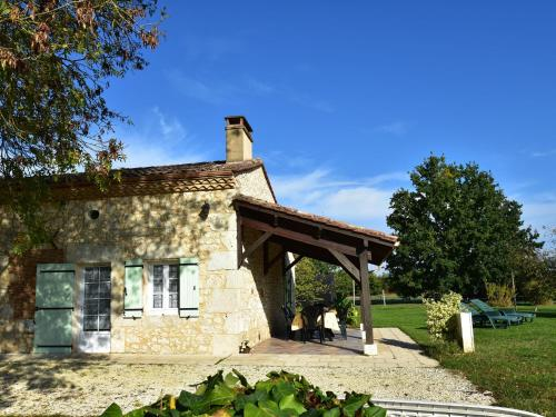 . Spacious Holiday Home in Saint-Nexans with Terrace