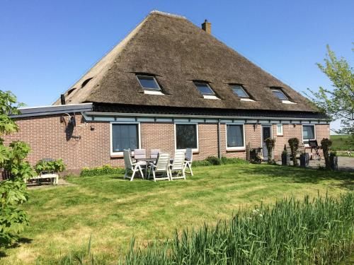 Hotel-overnachting met je hond in Sunlit Apartment by the Sea in Camperduin - Camperduin