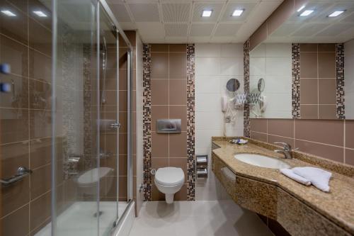 Best Western Plus Hotel Konak стая снимки