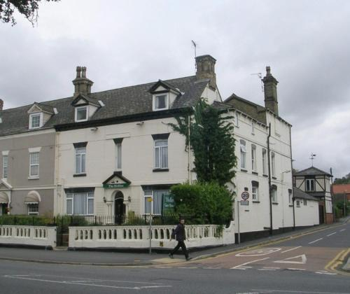 The Hollies Guest House (B&B)