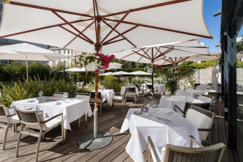 120 Rue d'Antibes, 06400 Cannes, France.